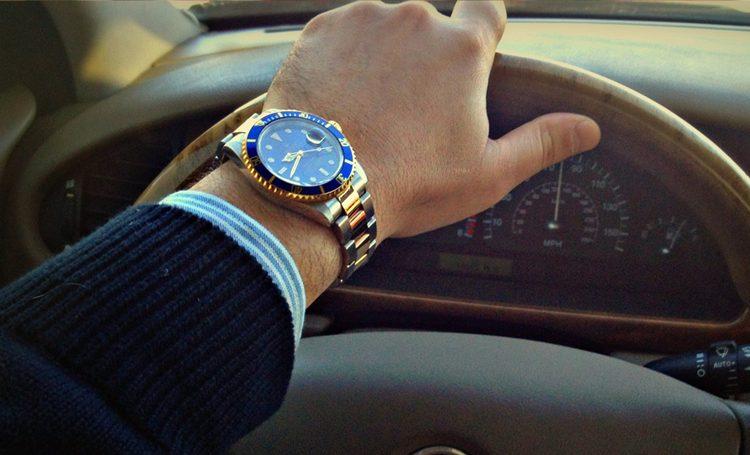 Đồng hồ Rolex Thụy Sỹ chinh phục độ sâu của biển