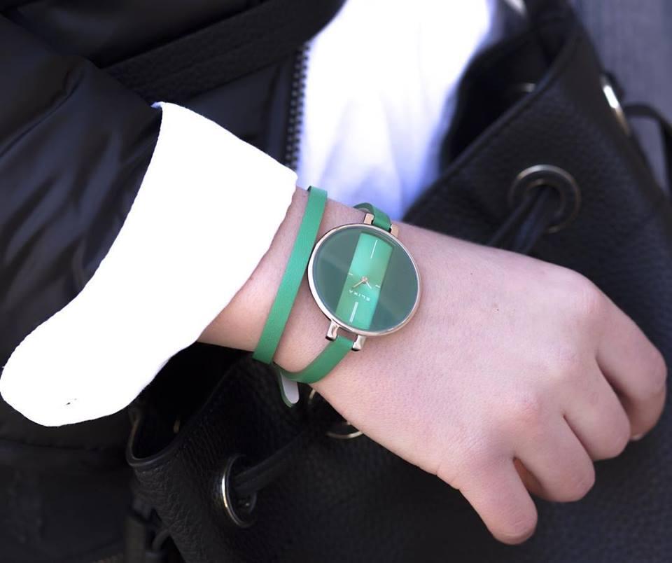 Đồng hồ elixa dây da mặt xanh